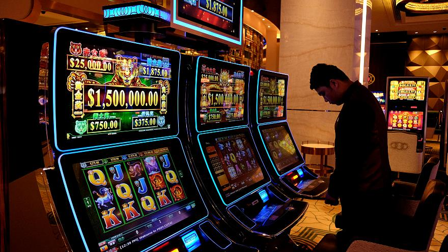 Kosovo bans gambling after casino murders