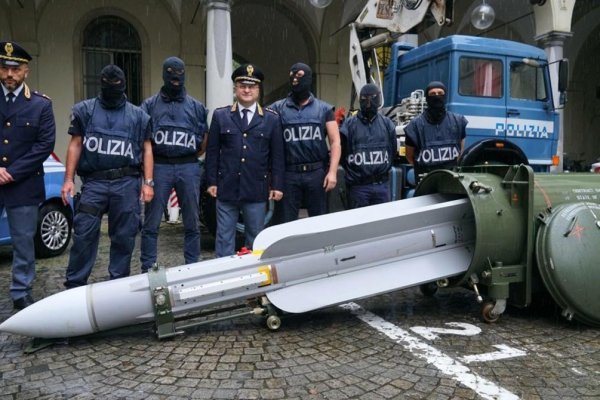Italian police seize weapons of war in raids on far-right groups