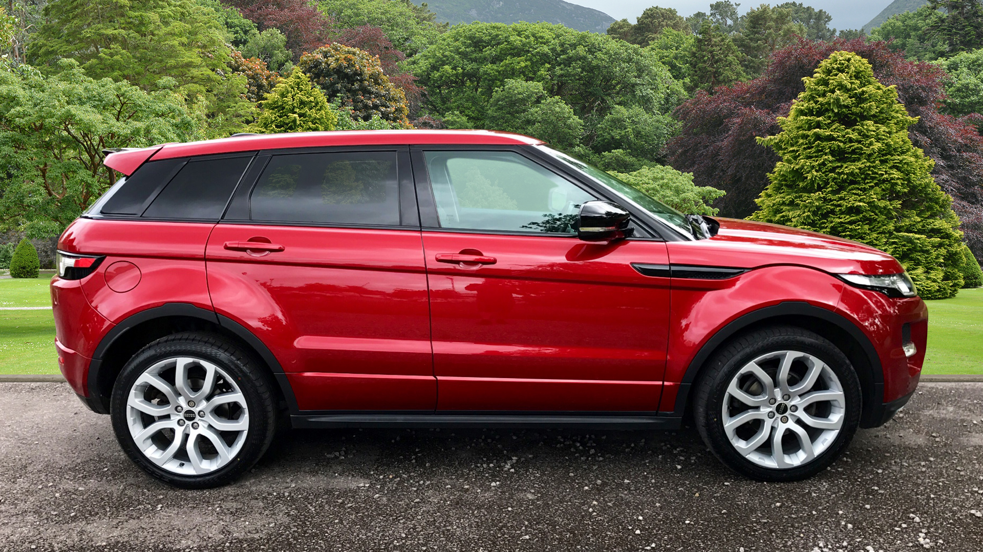 Used Land Rover Range Rover Evoque Dynamic SD4 Red LS12VKK