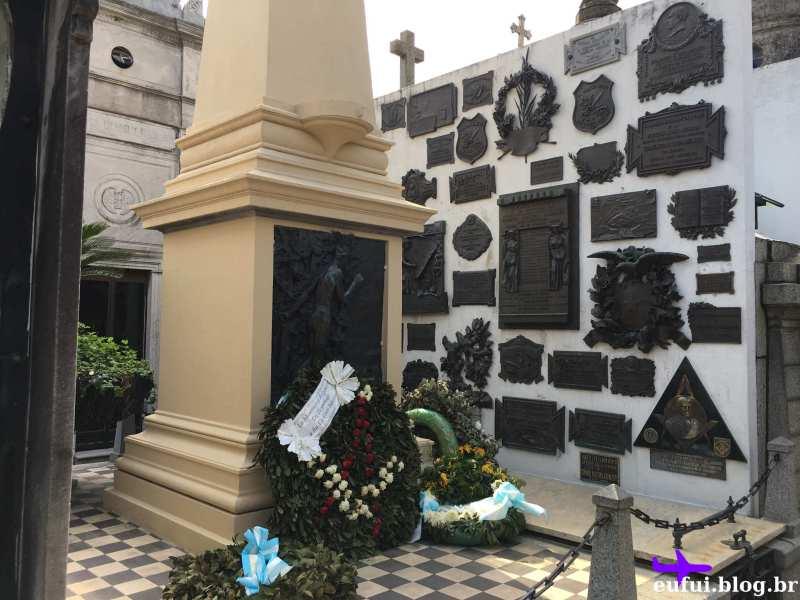 cemitério da recoleta buenos aires argentina tumulo sarmiento