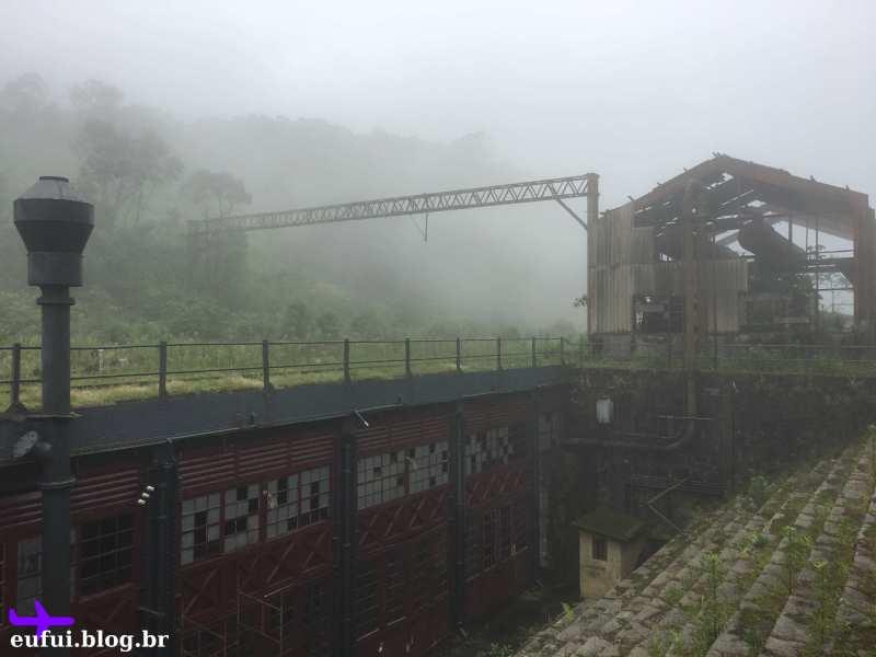 paranapiacaba são paulo antiga estação com neblina