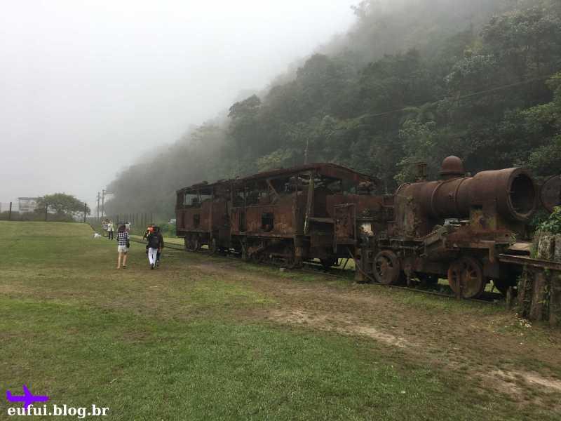 paranapiacaba são paulo trem antigo com neblina