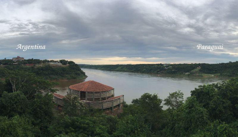 Marco das Três Fronteiras em Foz do Iguaçu - Mirante
