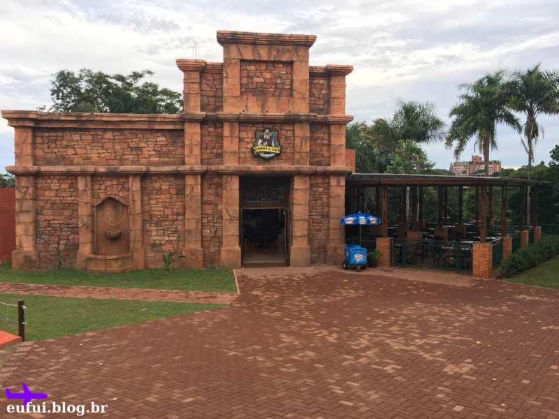 Restaurante Cabeza de Vaca no MArco das Três Fronteiras