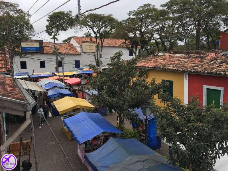 Barracas no Centro de Embu das Artes - São Paulo