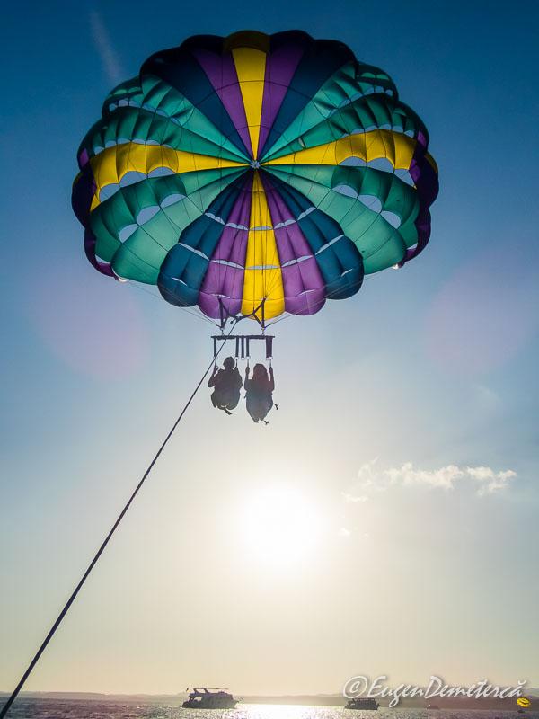 Parasailing5 - Egipt, destinaţia pentru vacanţe exotice la super-preţuri!