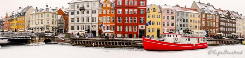 Panorama vas rosu Copenhaga - Sony A6500, cea mai bună cameră foto mirrorless?