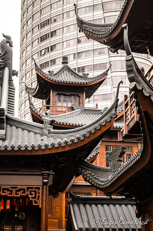 Shanghai - acoperisuri Templul lui Buddha de Jad