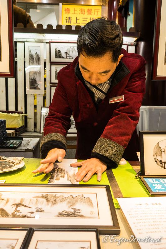 Shanghai - artist Yuyuan bazar