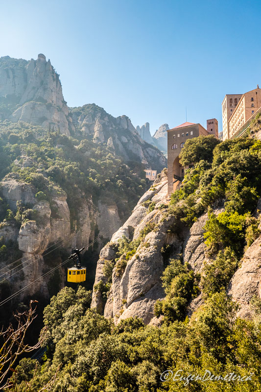 Montserrat - telecabina in urcare 2