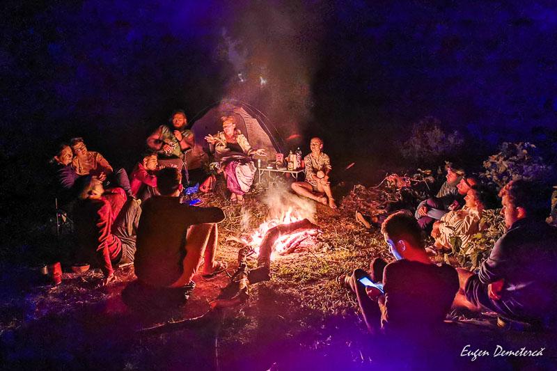 Focul AdventureTime din a patra noapte