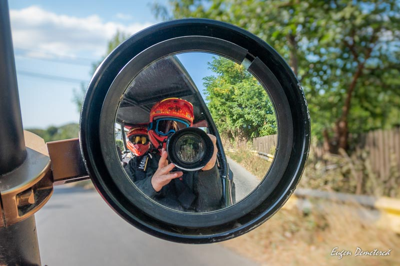 In oglinda SxS Adventure Tours