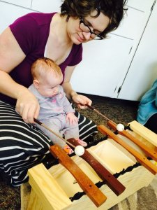 Suzuki-based Little Notes Music Classes are for babies and toddlers ages 0–3