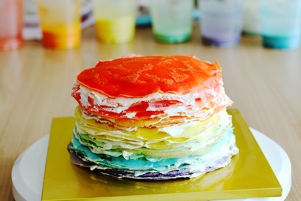 Layered Crepe Cake Recipes: 30-Layer Rainbow Mille Crepe Cake