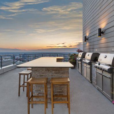 Amenities | Rooftop Grill Deck