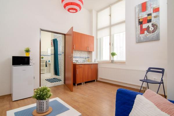Lampion studio apartment in Prague long term