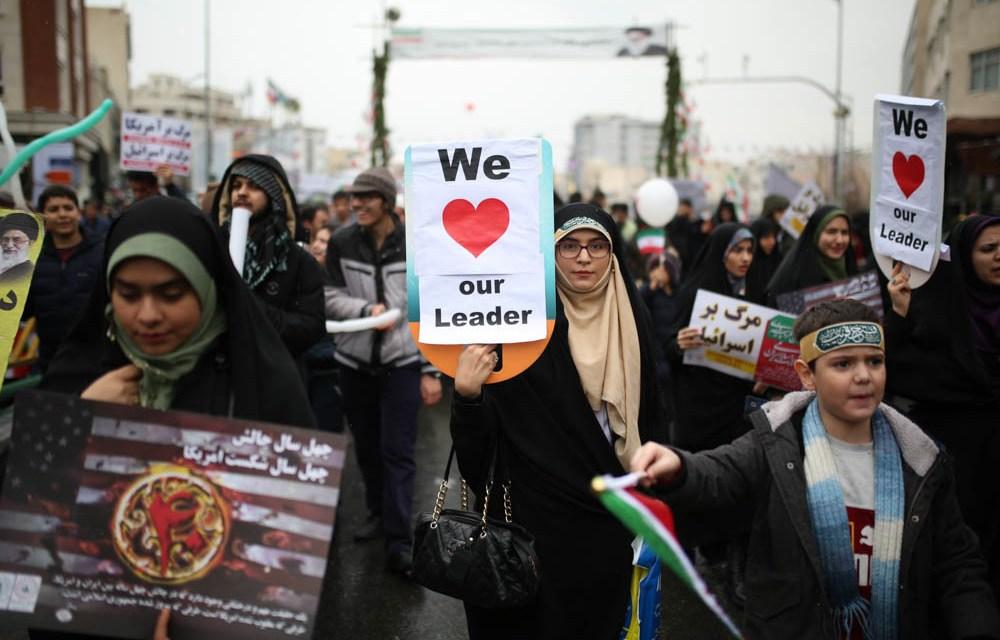 Irán promete continuar con el programa nuclear