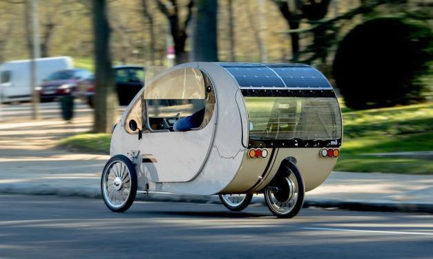 Evovelo Mö: el mini coche bio híbrido solar español