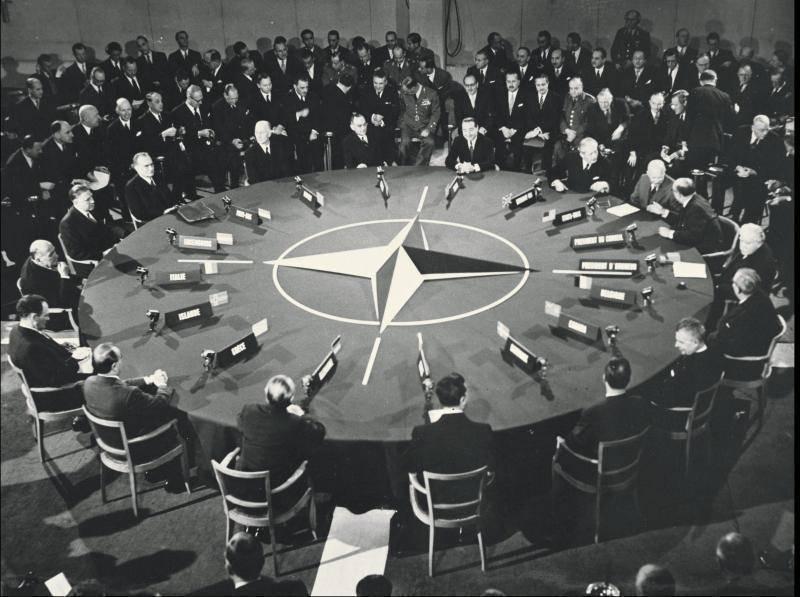 La OTAN, la URSS y Rusia: 70 años de tira y afloja