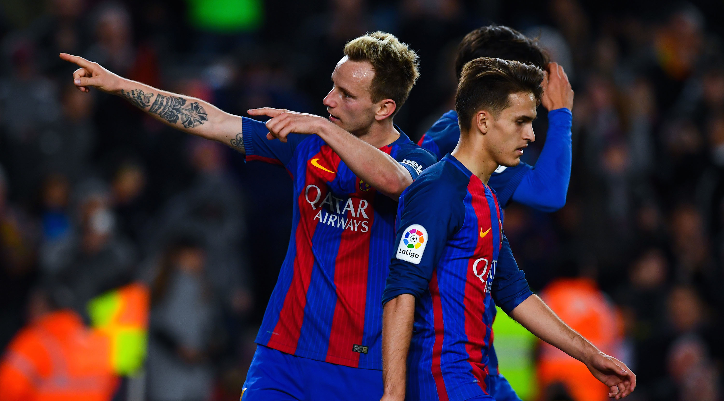 BARCELONA, SPAIN - MARCH 01: Ivan Rakitic (L) of FC Barcelona celebrates after scoring his team's sixth goal during the La Liga match between FC Barcelona and Real Sporting de Gijon at Camp Nou stadium on March 1, 2017 in Barcelona, Spain. (Photo by David Ramos/Getty Images)