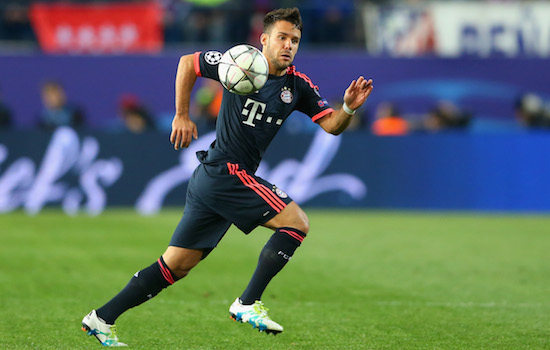MADRID, SPAIN - APRIL 27: Juan Bernat of Bayern Muenchen runs with the ball during the UEFA Champions League semi final first leg match between Club Atletico de Madrid and FC Bayern Muenchen at Vincente Calderon on April 27, 2016 in Madrid, Spain. (Photo by Alexander Hassenstein/Bongarts/Getty Images)
