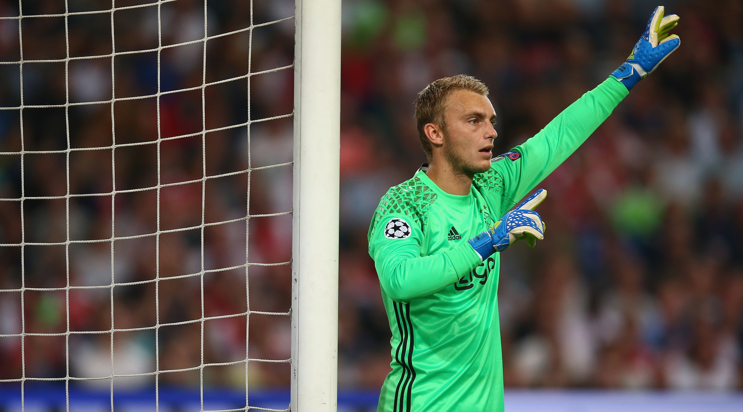 AMSTERDAM, NETHERLANDS - AUGUST 16: Goalkeeper Jasper Cillessen of Ajax in action during the UEFA Champions League Play-off 1st Leg match between Ajax and Rostov at Amsterdam Arena on August 16, 2016 in Amsterdam, Netherlands. (Photo by Christopher Lee/Getty Images)