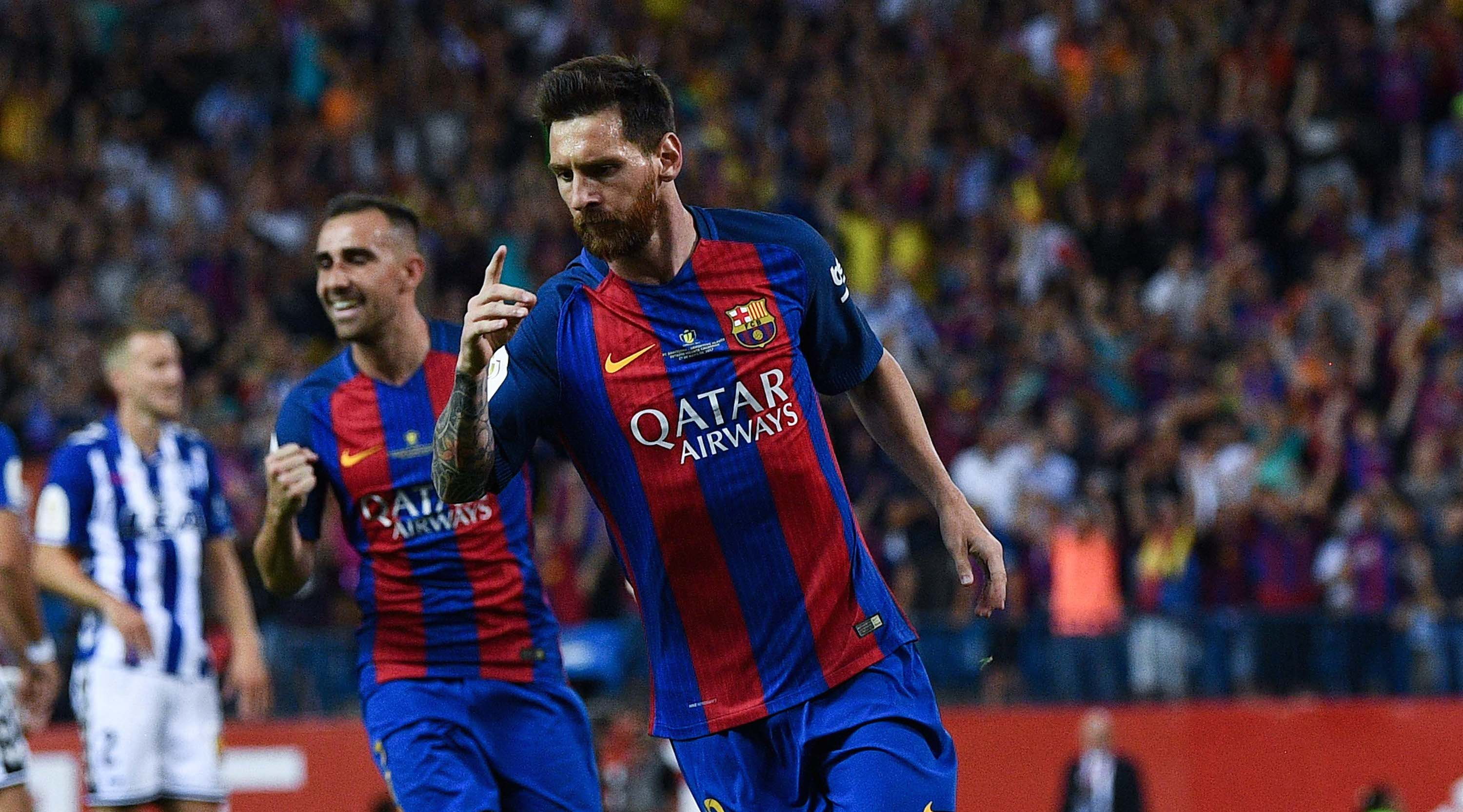 MADRID, SPAIN - MAY 27: Lionel Messi of FC Barcelona celebrates after scoring his team's first goal during the Copa Del Rey Final between FC Barcelona and Deportivo Alaves at Vicente Calderon stadium on May 27, 2017 in Madrid, Spain. (Photo by David Ramos/Getty Images)