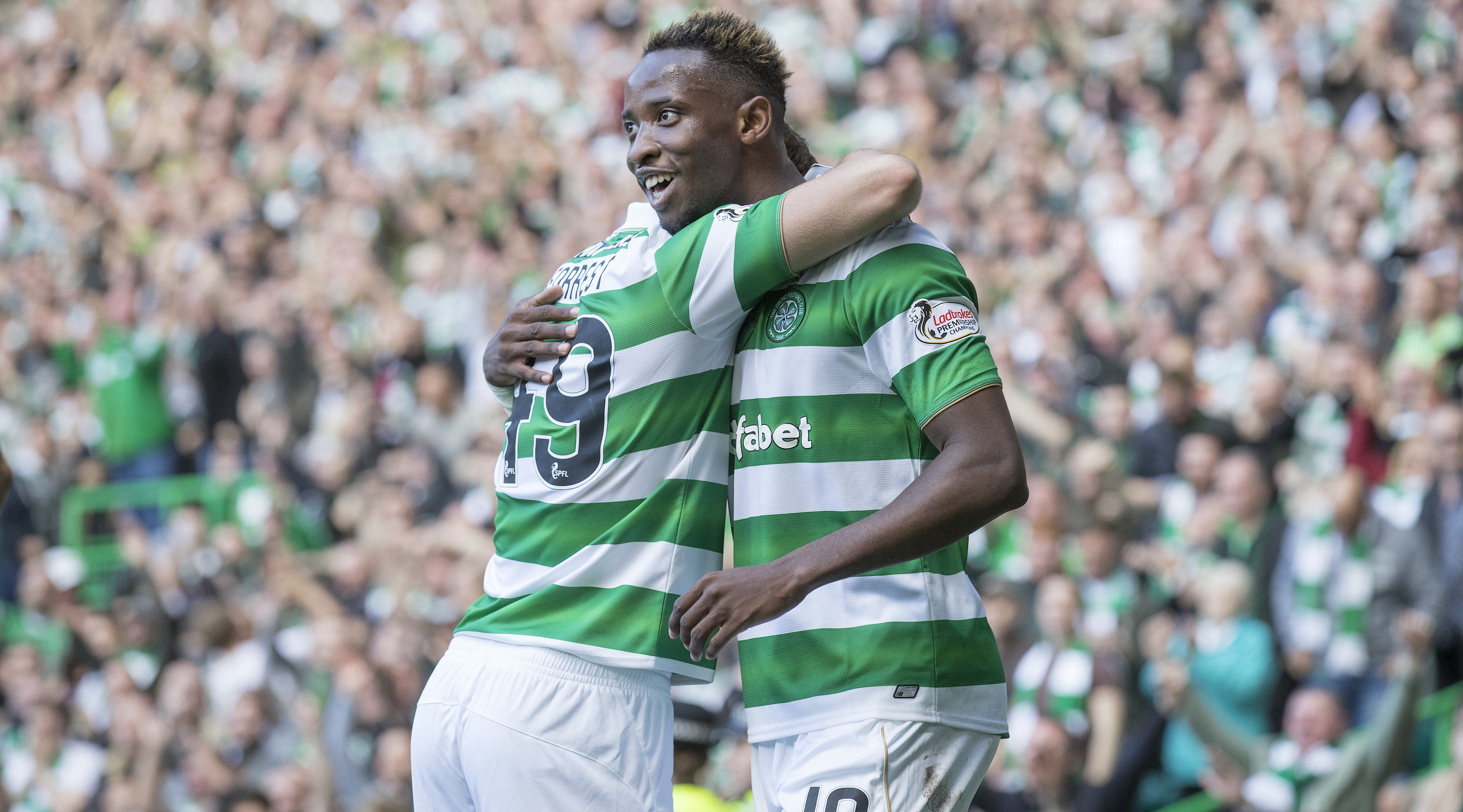 GLASGOW , SCOTLAND - SEPTEMBER 10: Moussa Dembele of Celtic celebrates his 2nd goal during the Ladbrokes Scottish Premiership match between Celtic and Rangers at Celtic Park on September 10, 2016 in Glasgow. (Photo by Steve Welsh/Getty Images)