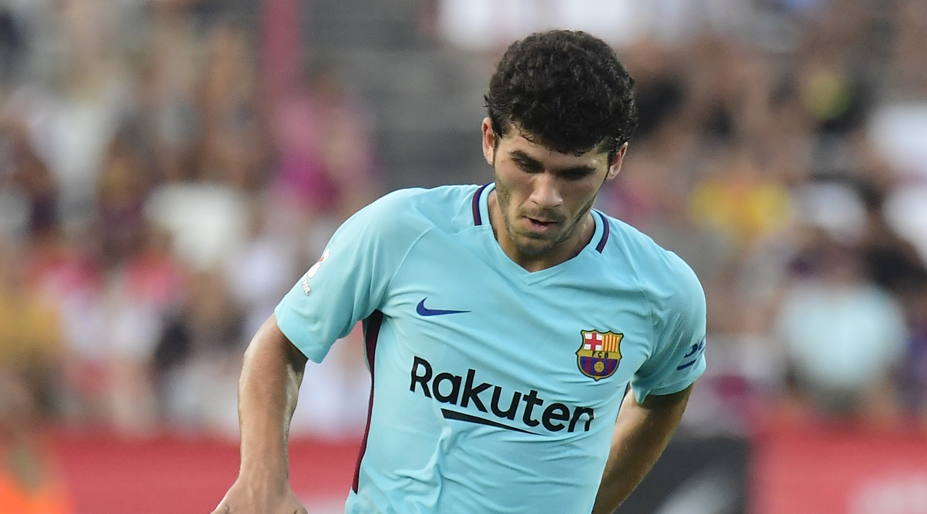 Barcelona's midfielder Carles Alena controls the ball during the friendly football match between Club Gimnastic de Tarragona SAD and FC Barcelona at the Nou Estadi in Tarragona, on August 4, 2017. / AFP PHOTO / JOSE JORDAN (Photo credit should read JOSE JORDAN/AFP/Getty Images)