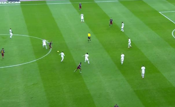 Suárez, Messi y Neymar por dentro, Aleix Vidal para abrir la banda derecha y Arda Turan haciéndolo en la izquierda.