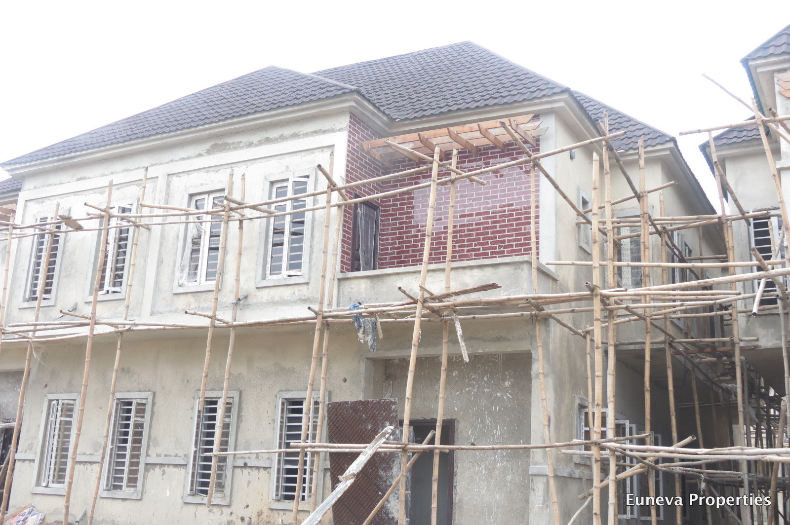 On Going Development of a Mini Estate Comprising 21 Units of 4 Bedroom Semi and Fully Detached Duplex with Payment Plan