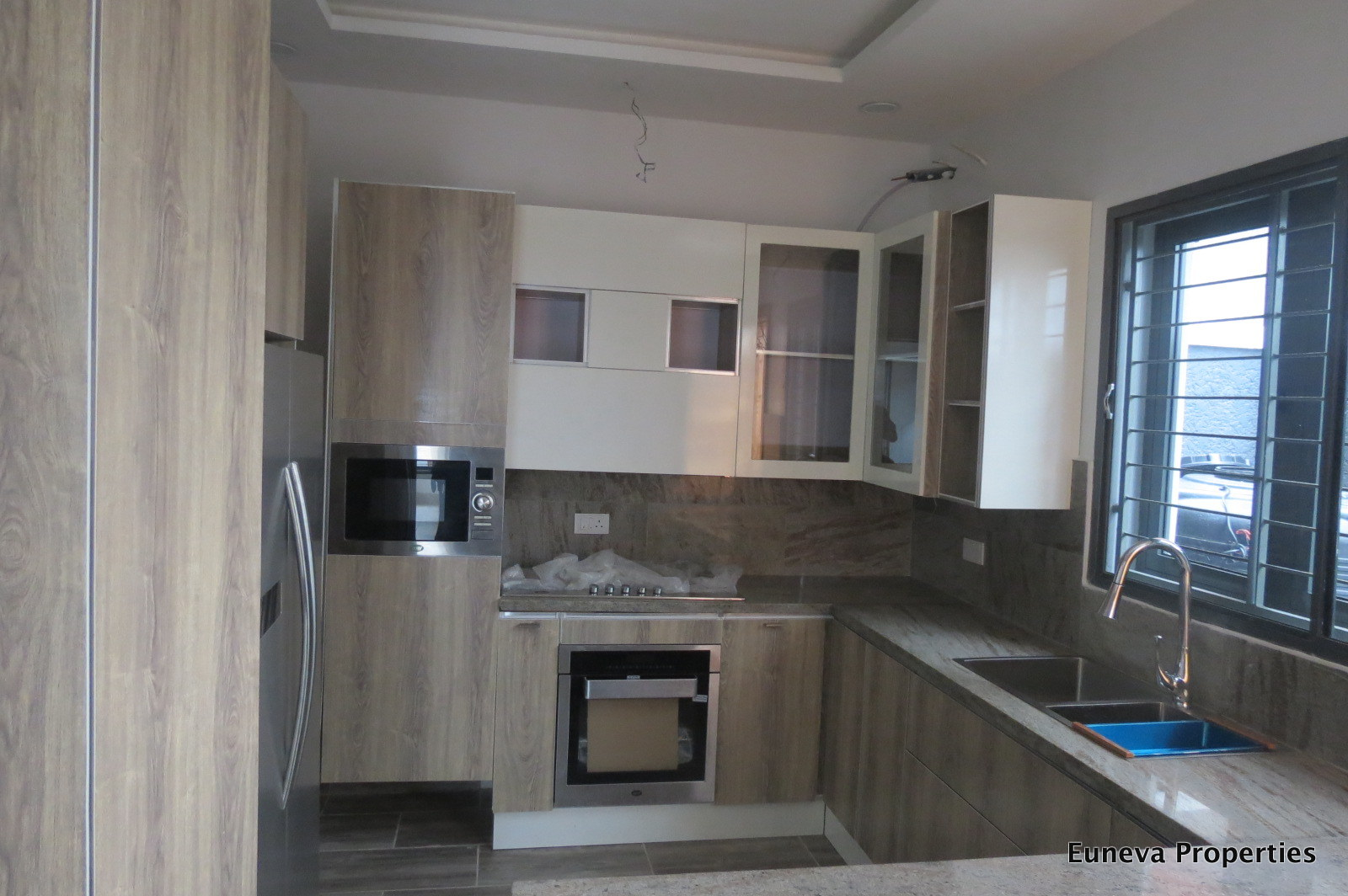 Lovely Contemporary 4 Bedroom Semi Detached 4 Bedroom in Lekki Phase 1
