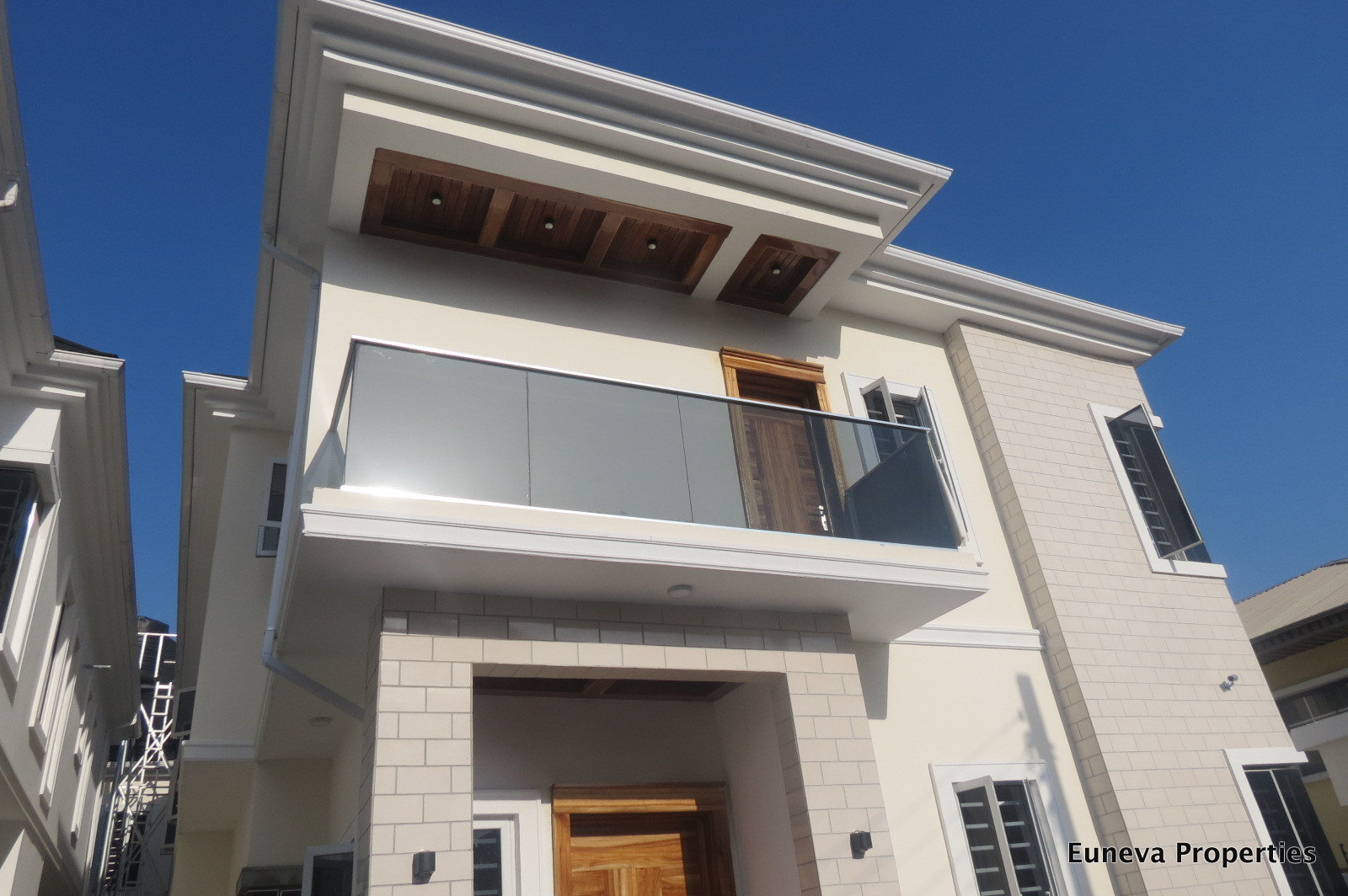 Beautiful 5 Bedroom Detached Duplex in Osapa London, By Circle Mall.