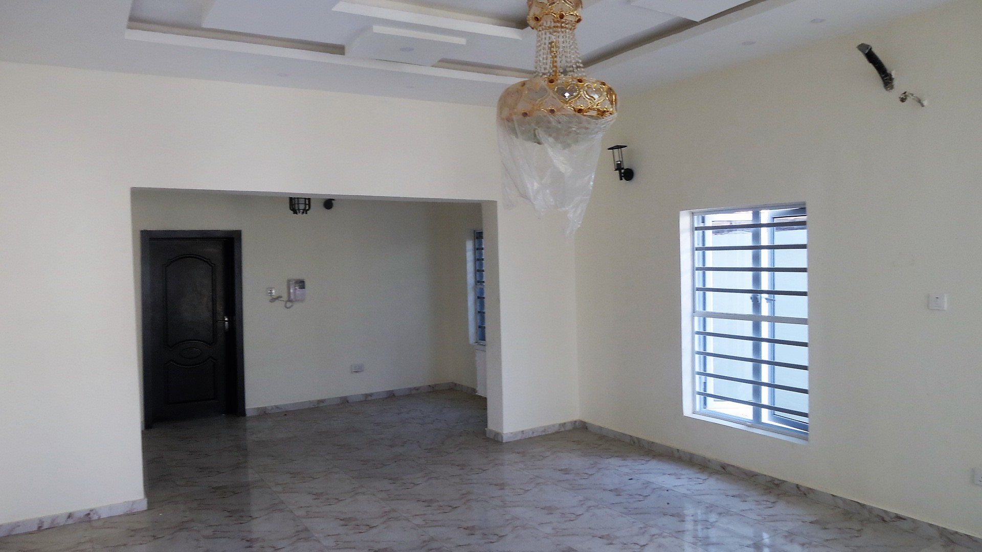 Neatly Finished 5 Bedroom Detached House with a Very Spacious Compound in a Gated Estate in Lekki