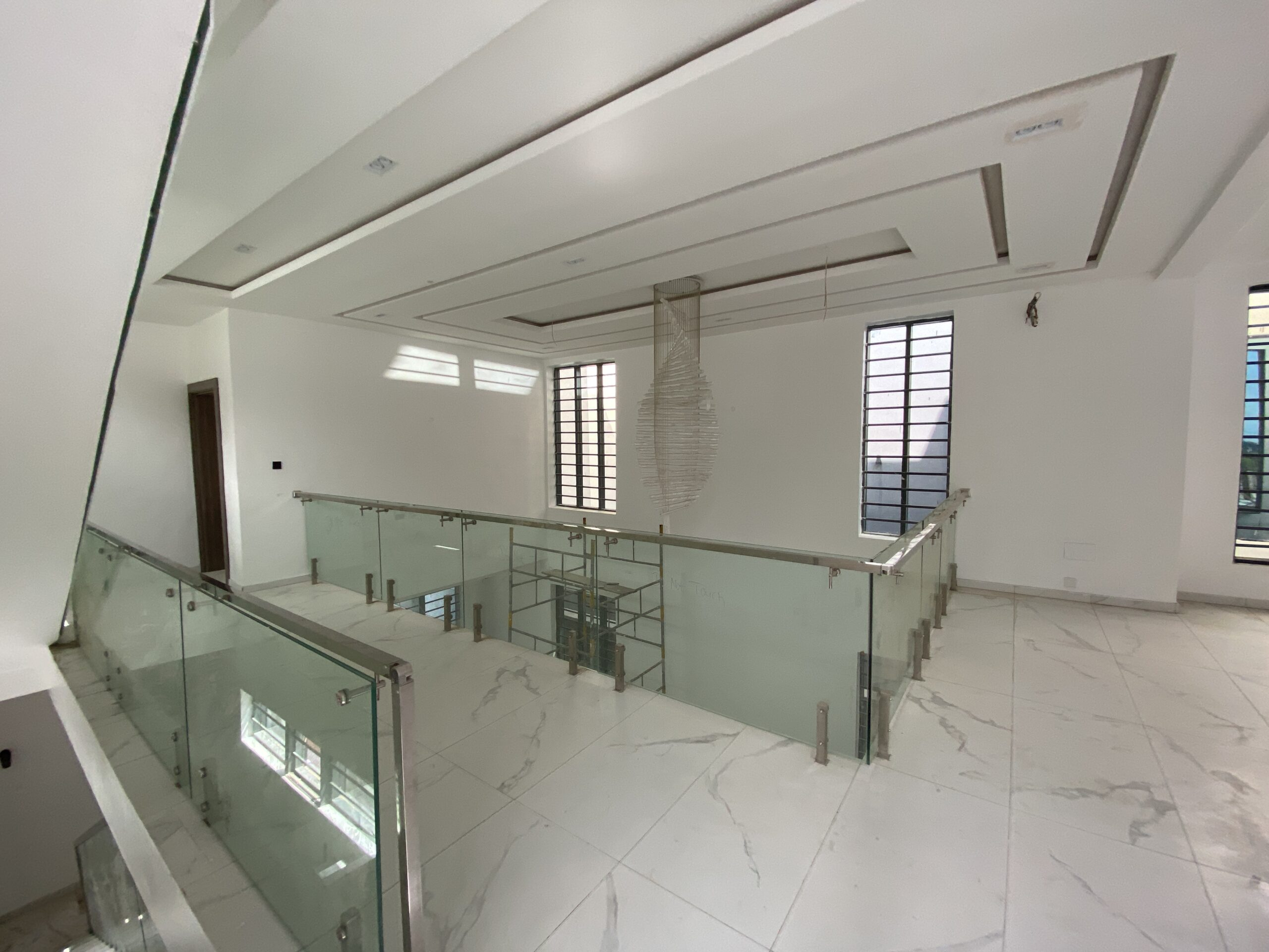5 Bedroom Detached Luxury Home at Osapa London For Sale