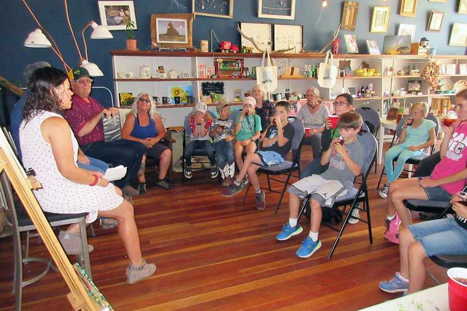 Local Kids Take Part in Photography Workshop at Eureka Restoration