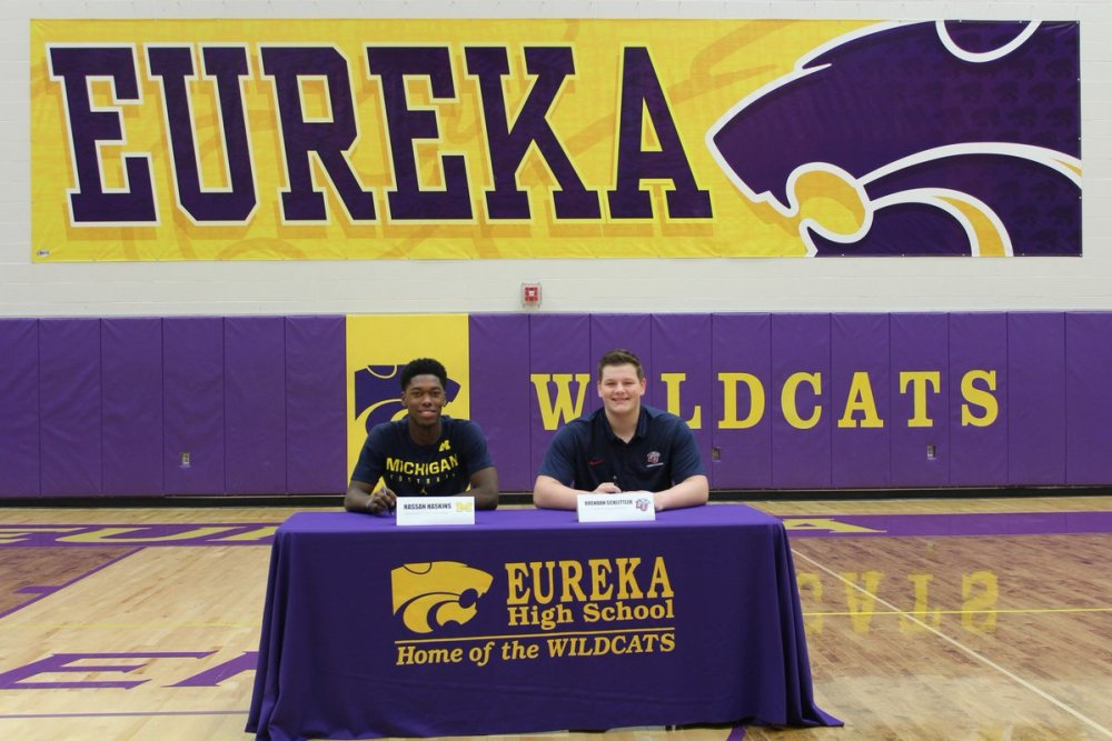 Eureka football signing