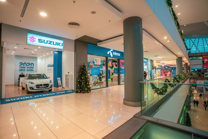 SUZUKI_HYBRID_POP-UP_SHOP_pic 1