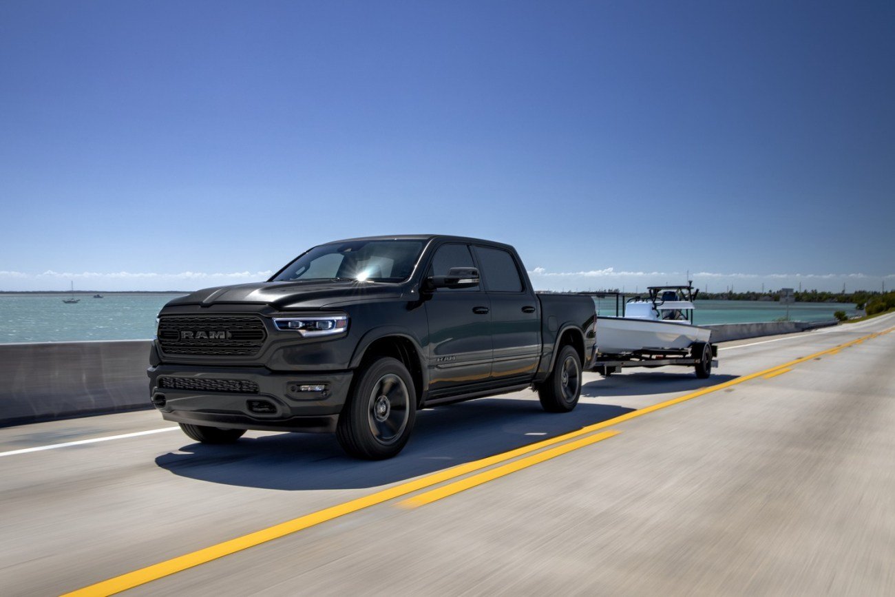 2020-Ram-1500-Limited-Black-Appearance
