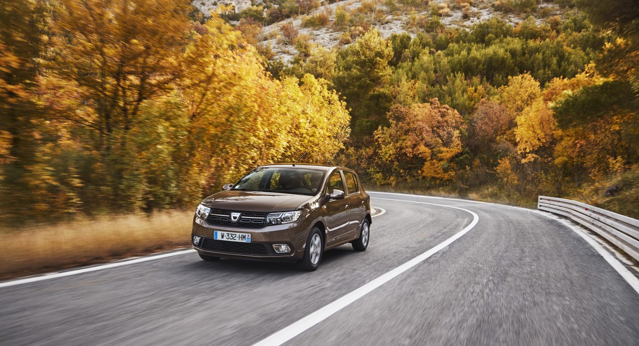 84472_2016_-_New_Dacia_Sandero_tests_drive_in_Croatia