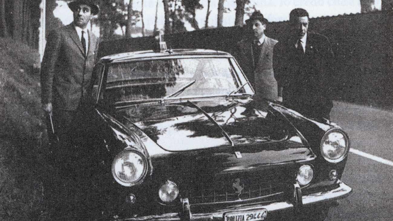 1962-ferrari-250-gte-2-2-police-car7