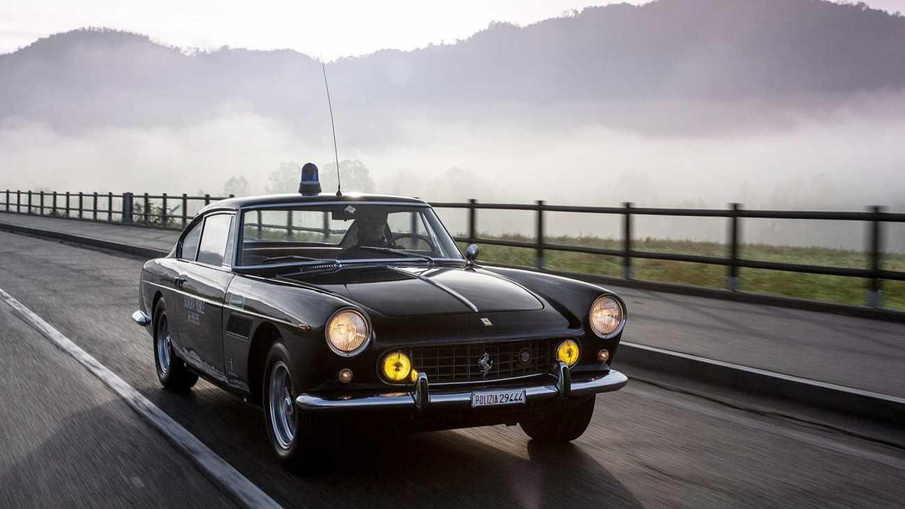 1962-ferrari-250-gte-polizia