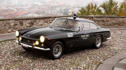 1962-ferrari-250-gte-polizia2