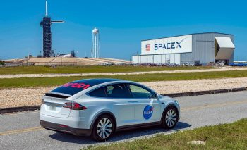 tesla-model-x-spacex-kennedy-space-station-demo-2-350x213