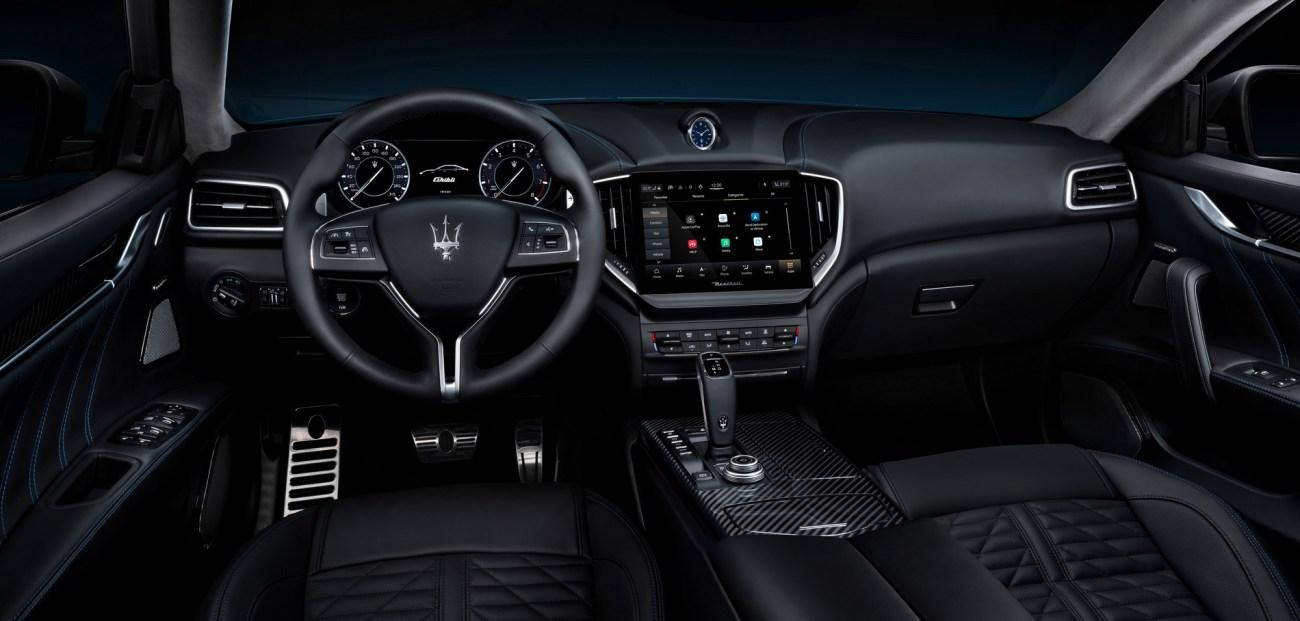 14_Maserati_Ghibli_Hybrid