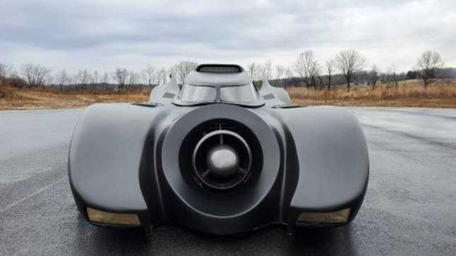 batmobile-ectomobile-delorean-head-to-auction