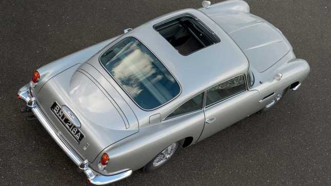 first-aston-martin-db5-goldfinger-continuation-car5