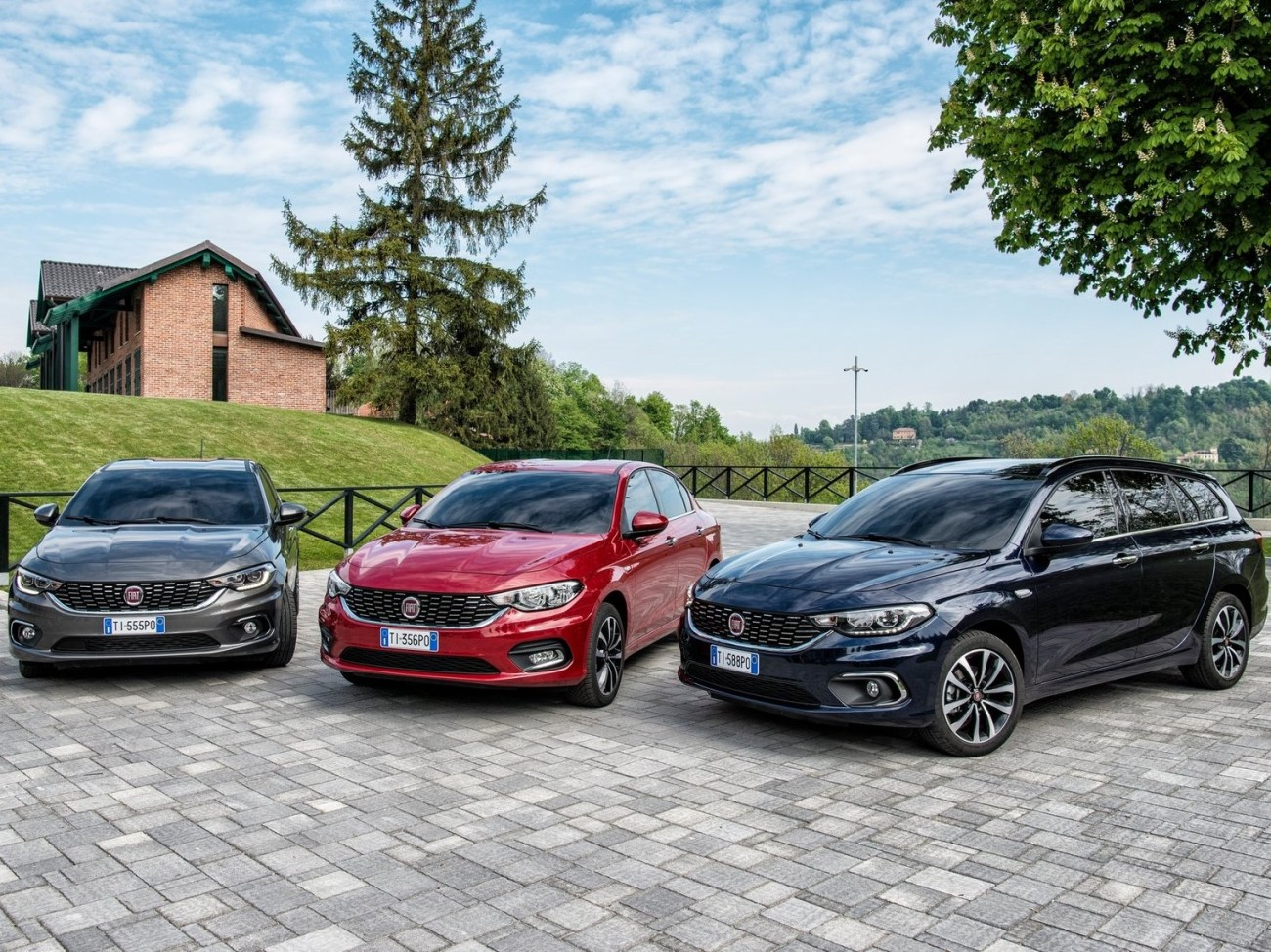 Fiat-Tipo_Station_Wagon-2017-1600-08