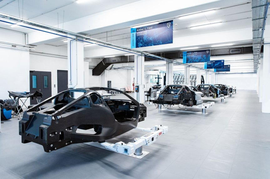 rimac-c_two-prototype-assembly-line-10
