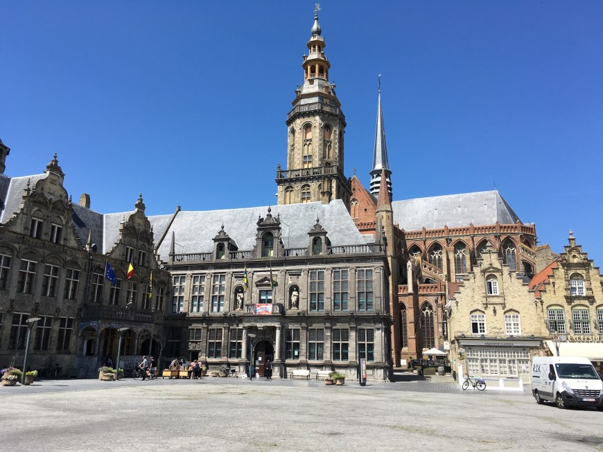 The Groote Markt in Veurne showing the Stadhuis (town hall), the Landhuis (manor house) , St Walburga church and the Belfry. The latter dates from 1628 and is one of 23 in Flanders that were World Heritage listed in 1999.